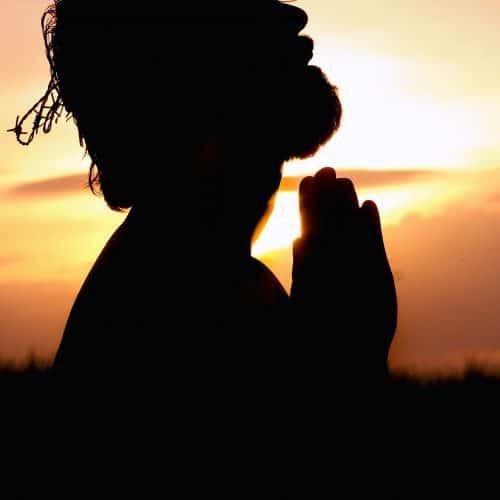 pray bidden man hemel